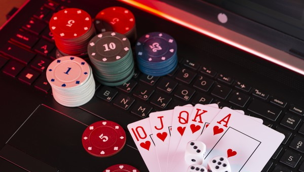What new technology is in trend in Poland online casinos?